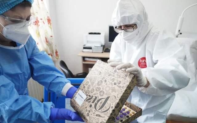 România a cerut de la UE și cutii de pizza, ca să aibă în ce ține vaccinul
