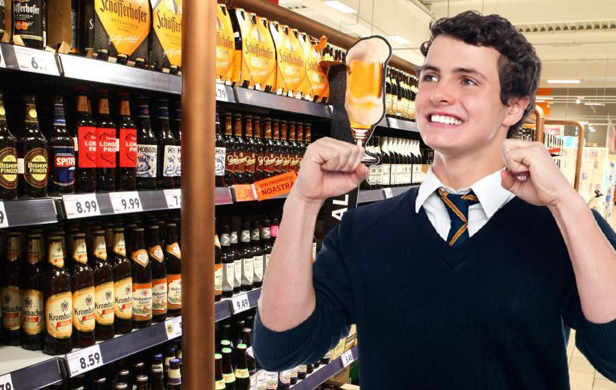 Ce noroc! Pentru că n-a găsit fructe la Kaufland, un bărbat și-a umplut coșul cu bere