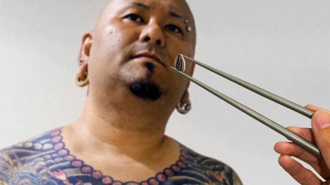 Mafiot japonez ascuns în Mizil, dat de gol că mânca semințele cu bețigașe