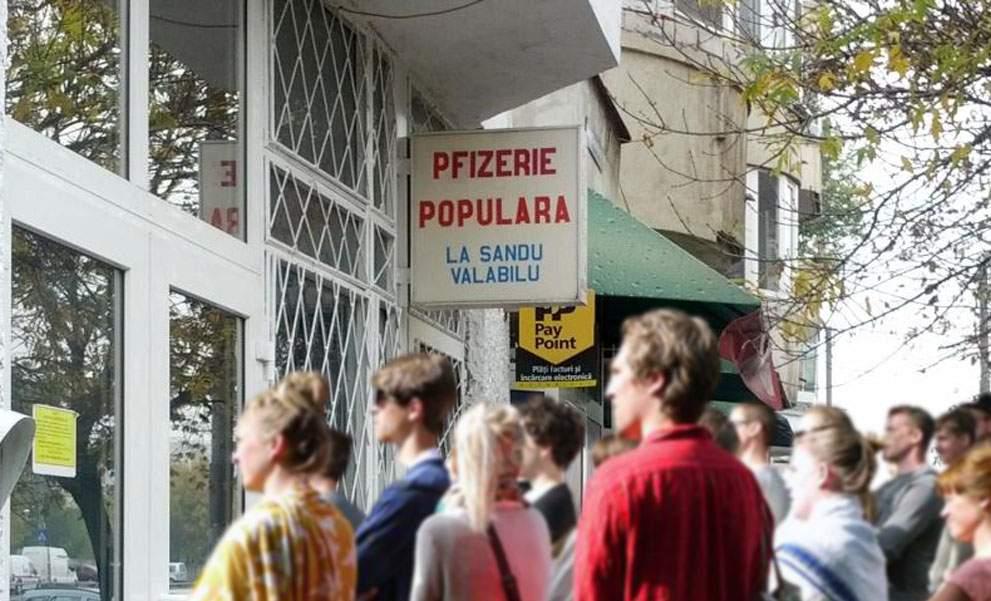 Mii de români se îmbulzesc într-o frizerie care și-a pus numele Pfizerie