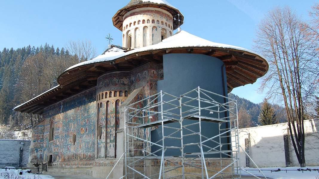 Mănăstirea Voroneţ va fi izolată termic cu un superb polistiren albastru