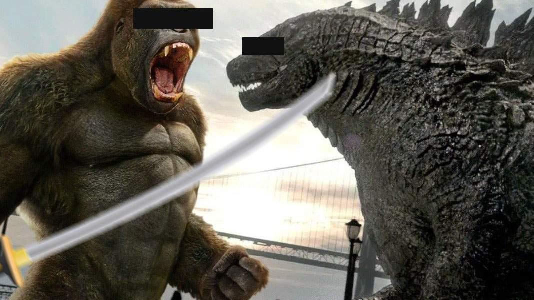 Blockbuster românesc! Interlopii Godzilla şi King Kong s-au bătut cu săbii la Craiova