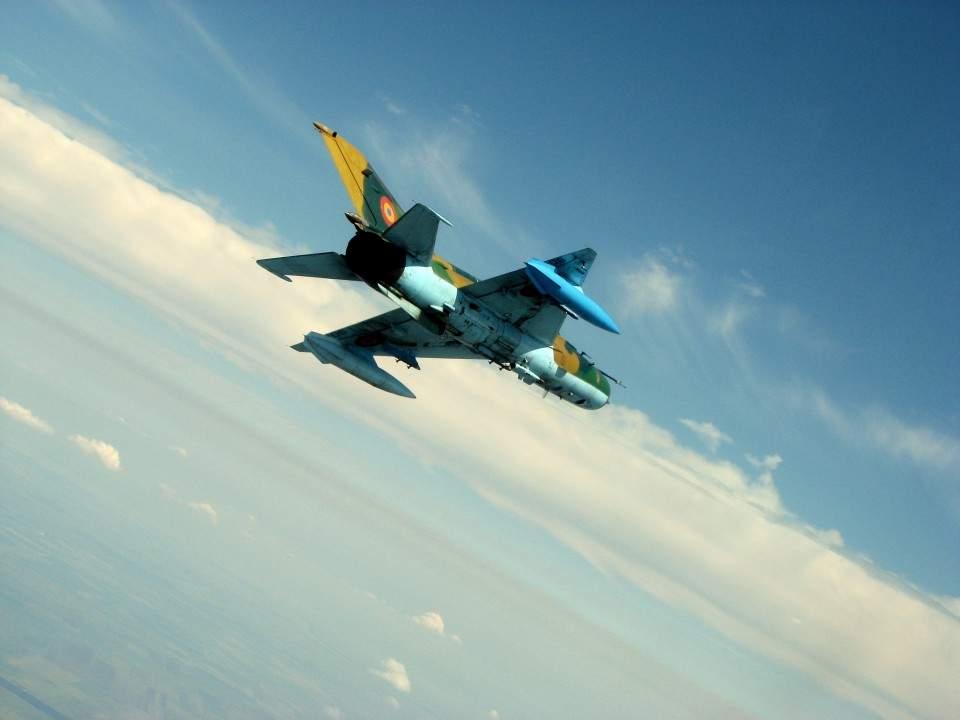 Cât pe ce! MiG-ul s-a prăbușit la 200 m de casa unui ungur