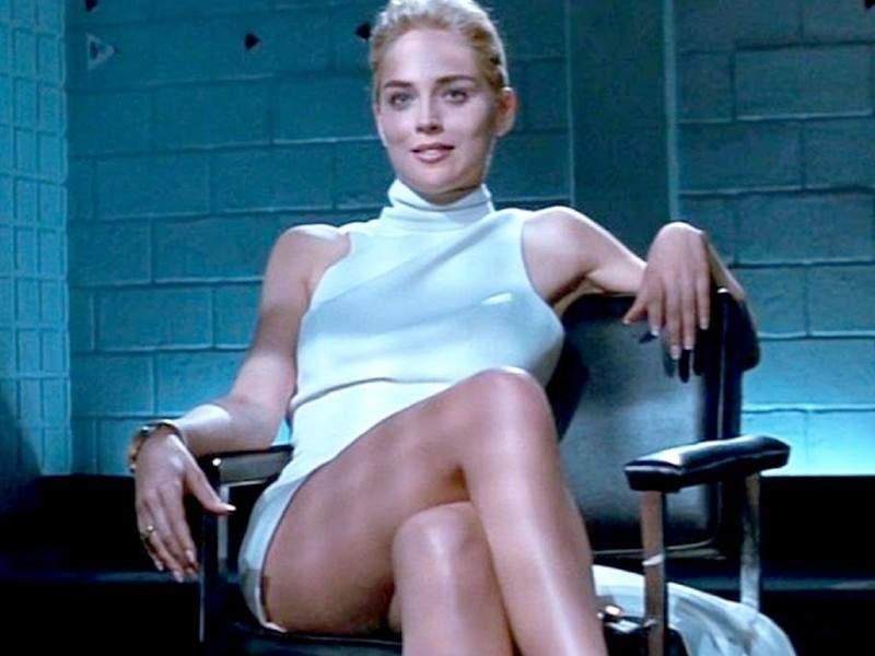 Sharon Stone, ca la 20 de ani. Încă poate să-și desfacă picioarele!