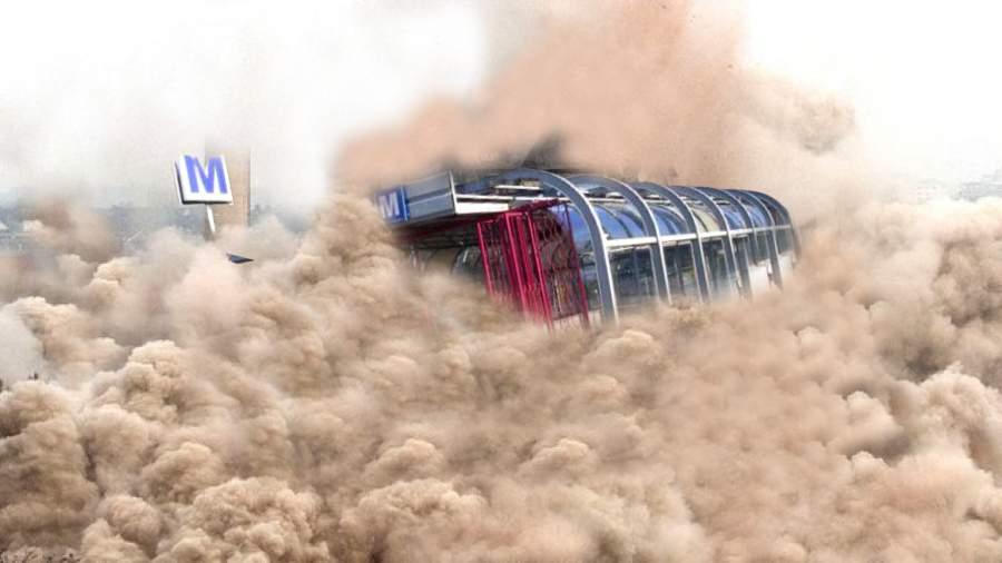 O staţie de metrou s-a prăbuşit după demolarea gheretelor care ţineau tavanul