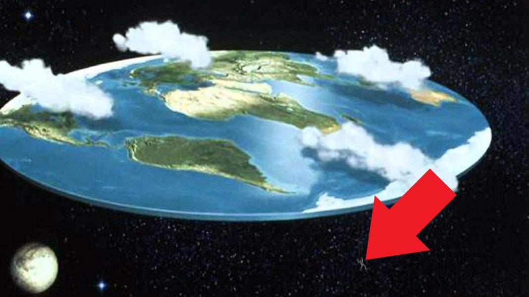 Un conspiraționist care fugea de vaccinare a căzut de pe marginea Pământului