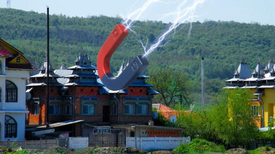 Magnet imens montat în Strehaia, ca să atragă racheta chinezească la ei