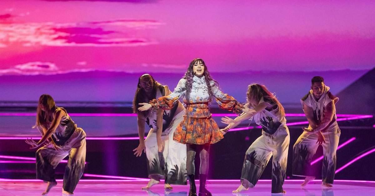 Roxen, obligată să se întoarcă pe jos din Olanda după ratarea finalei Eurovision