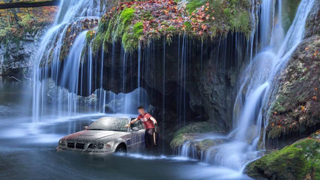 Cascada Bigăr a căzut pe un cocalar care spăla BMW-ul sub ea