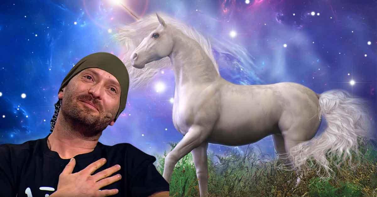 Cheloo: În Breaza nu sunt urși, dar e plin de unicorni!
