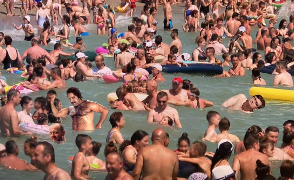 Aglomerația de pe plaja Eforie, desemnată cea mai mare orgie din lume!