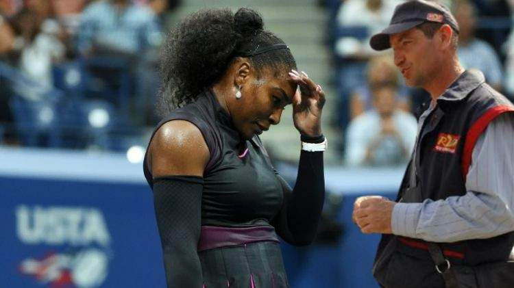 Serena Williams, întreruptă în timpul unui meci de poștașul care i-a adus pensia