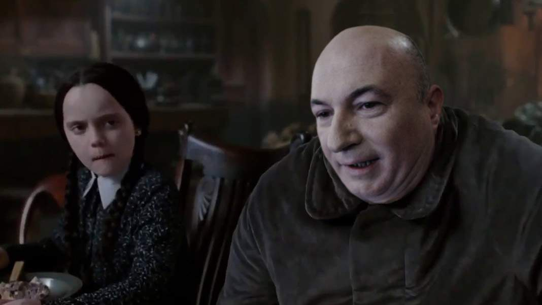 Codrin Ştefănescu îl va interpreta pe unchiul Fester în noul serial Familia Addams
