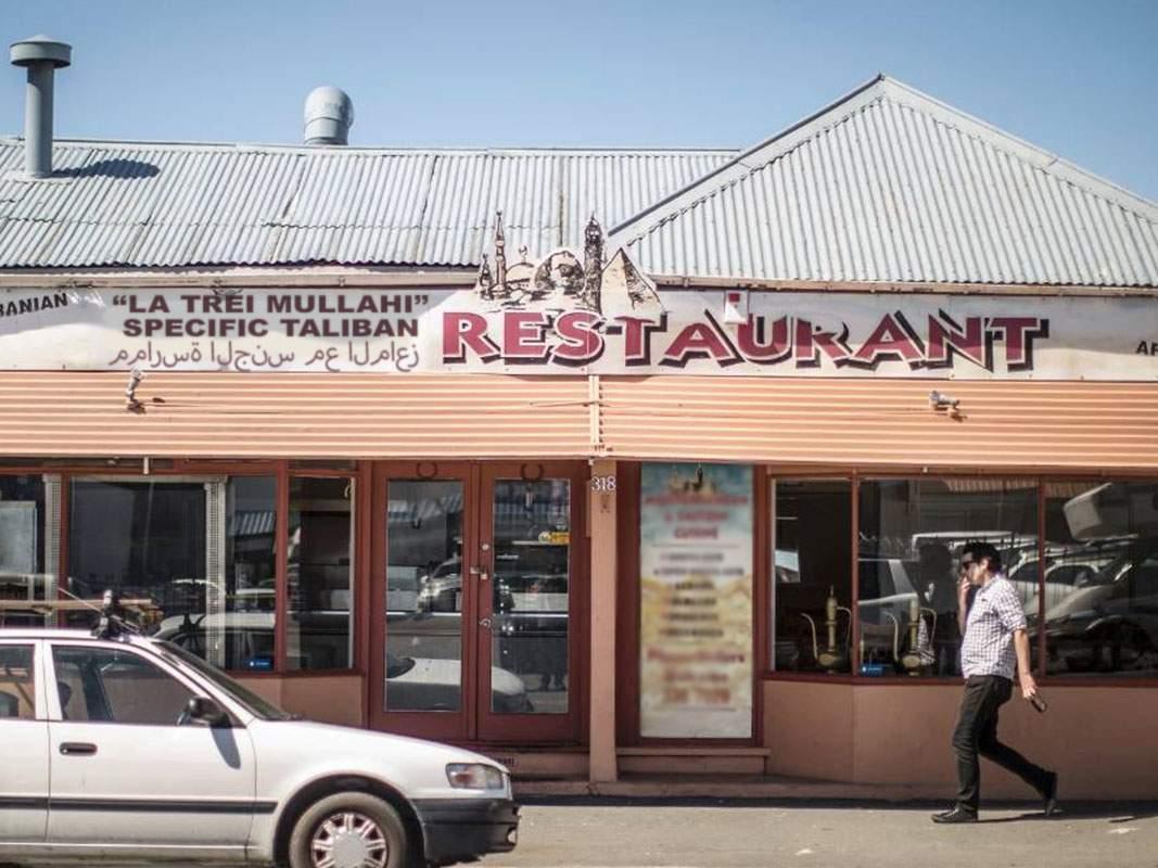 S-a redeschis restaurantul cu specific taliban din Colentina