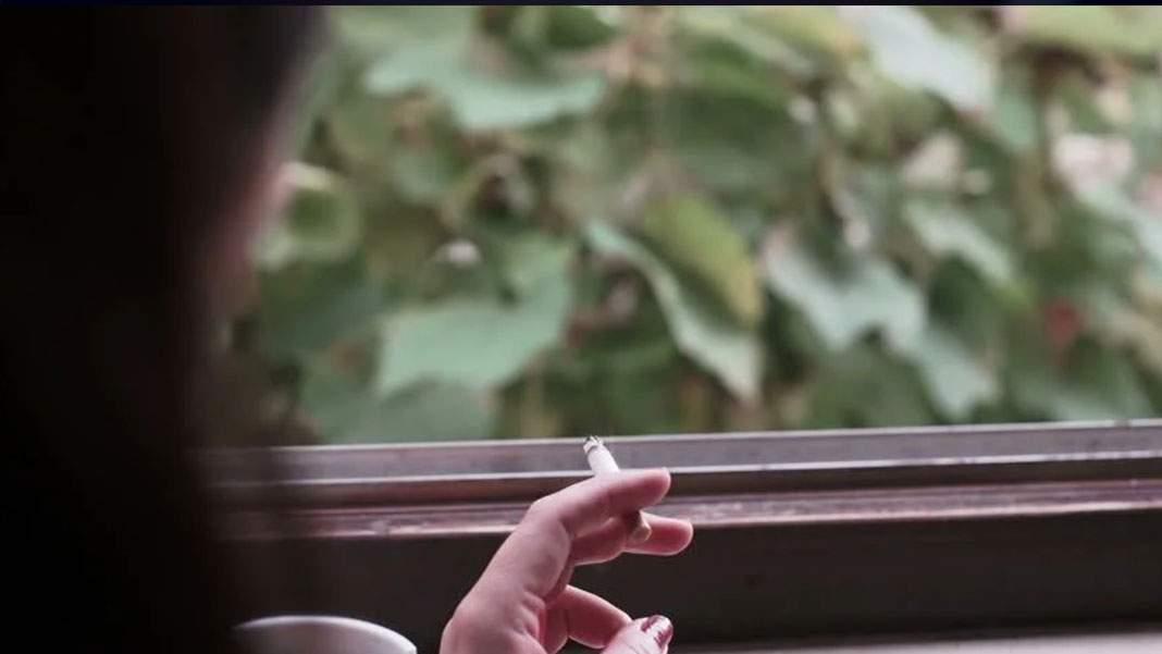 Caniculă în București. Poți aprinde țigara doar scoțând-o pe geam